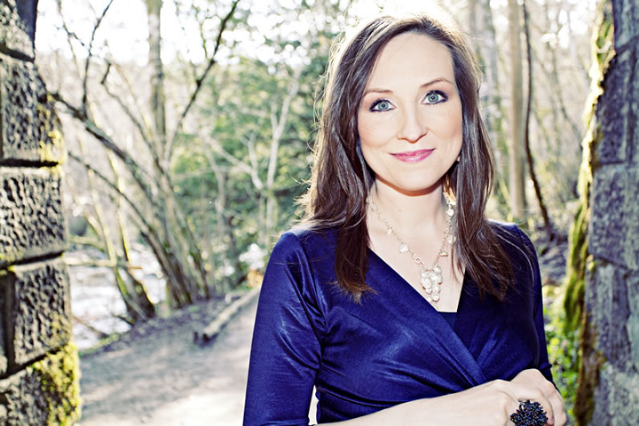Washoe County Library System Hosts Julie Fowlis